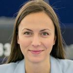 Eva MAYDELL